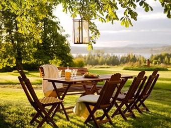 Trädgårdsbord Sommarro. Omålad